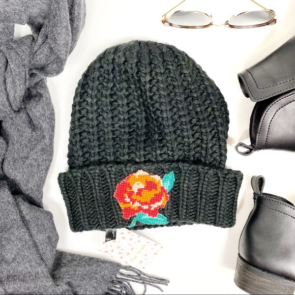 FREE PEOPLE Everything Rosie Chunky Knit Black Floral Beanie